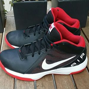 Nike Air Overplay IX Size 8